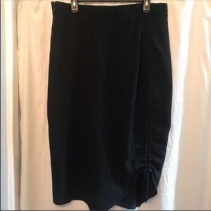 Mossimo Plus Black Pencil Ruched Skirt Sz 16